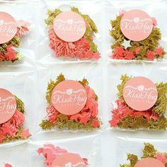 Unicorn confetti, perfect for your Unicorn Party!