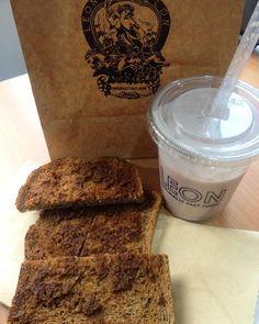 London Cafe, Wonderful Things, Banana Bread, Butter, Desserts, Instagram, Cafes, Tailgate Desserts, Deserts