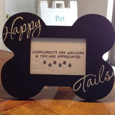 A nice subtle way to let your customers you accept and appreciate tips.  Sassypawspetstyles.com