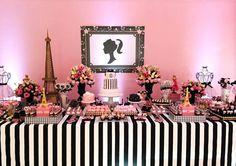 Teria como uma festa jun tar dois temas tão fofos e não sair um charme!? As meninas da Shabby Chic Eventos (clique) se arriscaram e juntaram a boneca Barbie em Paris?! Imagina o sucesso que não foi entre as pequenas?? Eu me apaixonei pela delicadeza de como a figura da Barbie (só a silhueta) foi …