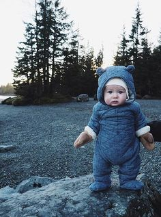 What is cuter than a baby bear? A baby in a bear suit of course! So Cute Baby, Baby Kind, Cute Kids, Cute Babies, Pretty Kids, Baby Outfits, Outfits Niños, Little Babies, Little Boys