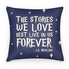 Harry Potter Author Quote On Pillow Harry Potter Author, Harry Potter Fandom, Harry Potter Baby Clothes, Great Quotes, Inspirational Quotes, Cute Pillows, Sew Pillows, Throw Pillows, Harry Potter Bedroom