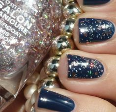 Blush Over Hue  #nails #nailart #glitterpolish - bellashoot.com