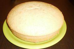Food Cakes, Vanilla Cake, Delicious Desserts, Hamburger, Cake Recipes, Bread, Cheese, Romania, Cakes