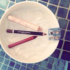 #ЛАЙФХАК : чтобы поточить мягкие карандаши, сначала положите их на несколько минут в морозилку, стержень затвердеет и легко поточится. #хорошегодня #dominiq #dominiqbeauty #beautyhub #домиквиспании