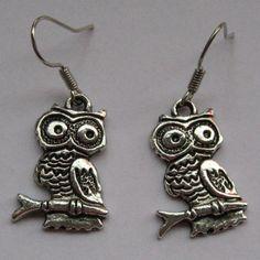 Owl Earrings for sale at Trendy Goodies. http://www.trendygoodies.nl/uil-oorbellen