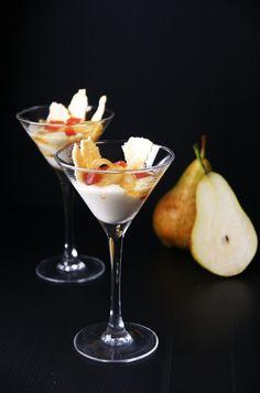 Copa de crema de gorgonzola amb pera Vol Au Vent, Tapas, Martini, Catering, Cocktails, Meals, Tableware, Desserts, Chic
