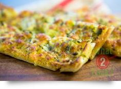 Cheesy Herb Bread, garlic & parsley: Great as an appetiser for midweek dinner parties Appetizer Recipes, Appetizers, Herb Bread, Fresh Herbs, Main Meals, Quick Easy Meals, Parsley, Herbalism, Garlic