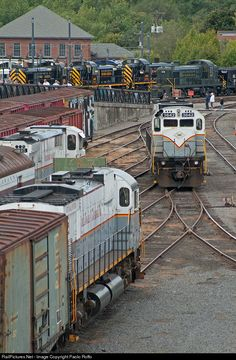 RailPictures.Net Photo: DL 3642 Delaware Lackawanna Alco C636 at Scranton, Pennsylvania by Paolo Roffo