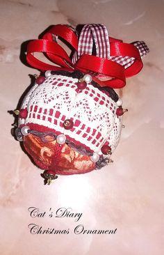 Cat Diary, Christmas Balls, Christmas Ornaments, Christmas Baubles, Christmas Jewelry, Christmas Decorations, Christmas Decor