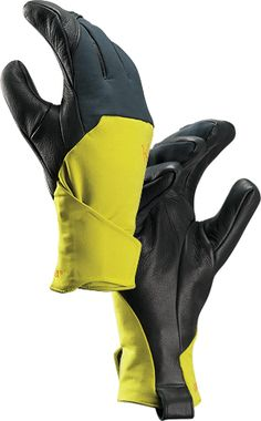 Zenta LT Glove Men's Waterproof, breathable, low profile glove. Ideal for high-output activities in cold conditions. Mens Gloves, Leather Gloves, Outdoor Outfit, Outdoor Gear, Insulated Gloves, Mens Outdoor Clothing, Adventure Gear, Winter Gear, Backpacking Gear
