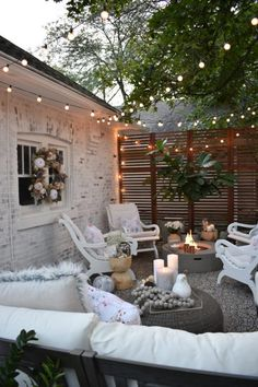 Thoughts for small backyard patios are interminable! Try not to be debilitated if your backyard is little and you figure it can't oblige a hard surface seating territory. A patio can be built in a corner easily. Back Patio, Outdoor Rooms, Outdoor Living Spaces, Small Outdoor Spaces, Outdoor Sheds, Small Spaces, Backyard Ideas For Small Yards, Backyard Designs, Pergola Designs