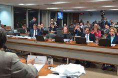 A Comissão Especial do Impeachment adiou nesta quinta-feira (2) a decisão sobre o cronograma dos trabalhos da segunda fase do processo de impedimento da presidente afastada Dilma Rousseff. O relator Antonio Anastasia (PSDB-MG) propôs o encurtamento de várias etapas, o que anteciparia a votação final em cerca de vinte dias. A sugestão gerou polêmica e ...