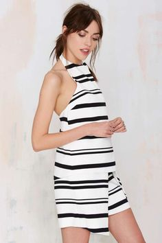 Shop a casual look or get ready to party with our range of womens dresses  from maxi   midi dresses to smokin  hot bandage dresses. 33f8210499eb