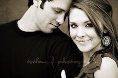 engagement pose photography