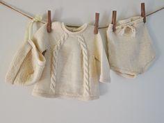 Hentesettet: knapperbakgenser og bleiebukse Knitting For Kids, Knits, Ideas, Baby Knitting, Tejidos, Tricot, Breien, Stricken, Tuto Tricot