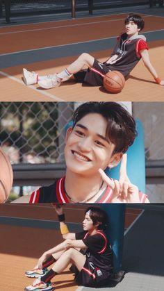 Kpop, Lucas Black, Ten Chittaphon, Nct Life, Lucas Nct, Mark Nct, Boyfriend Goals, Boyfriend Material, Taeyong