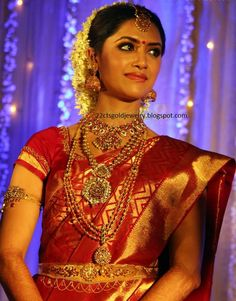 Markings For Gold Jewelry Kerala Bride, Hindu Bride, South Indian Bride, South Indian Wedding Hairstyles, Indian Hairstyles, Indian Bridal Fashion, Indian Bridal Wear, Indian Wear, Tamil Wedding