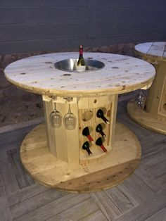Transformed wooden spool into a table - furniture Diy, # transforms a # wooden s. - Transformed wooden spool into a table – furniture Diy, # transforms a # wooden spool # furniture - Diy Pallet Furniture, Wood Furniture, Furniture Ideas, Furniture Cleaning, Wooden Spool Tables, Cable Spool Tables, Wooden Cable Spools, Wood Tables, Outdoor Tables