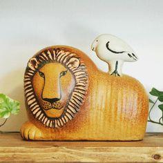 Lisa Larson Lion with Bird(リサ・ラーソン ライオンと鳥)どっしりと構えたライオンの表情がいいね