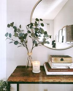 Home Interior Simple Best Fall Candles for 2019 that Add Coziness.Home Interior Simple Best Fall Candles for 2019 that Add Coziness Minimal Home, Minimalist Home Decor, Minimal Decor, Minimal Living, Minimal Apartment Decor, Cozy Apartment, Minimalist Wardrobe, Minimal Design, Bohemian Apartment