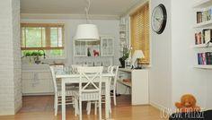 Żaluzje DREWNIANE I BAMBUSOWE. Jasna kuchnia w domu rodzinnym. Domowe Pielesze: domowepielesze1@g... tel. 534 904 099 FB: www.facebook.com/... #wystroj #wnetrza #design #inspiracje #dladomu #domowepielesze #inspire #interior