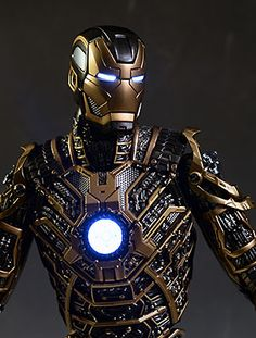 Hot Toys Iron Man Bones 1/6th action figure - Another Pop Culture Collectible Review by Michael Crawford, Captain Toy