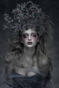 1488048_590244161030515_1740328120_n.jpg 642×960 pixels Dark Beauty magazine