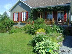 Maison à vendre Sherbrooke, 3415, rue Felton, immobilier Québec | DuProprio | 575197 Sherbrooke Quebec, Bungalow, Rue, Plants, Real Estate, Plant, Planets, Craftsman Bungalows, Bungalows