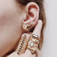 New beauties arrived today! Gold Jewelry, Jewelry Rings, Boho Fashion, Fashion Jewelry, Jewelry Tattoo, 18k Gold, My Style, Boho Style, Gems