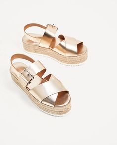 Zara Leather Shoes with Jute Platform Zara, Golden Sandals, Casual Day Outfits, Shoe Image, Dressy Shoes, Flip Flop Shoes, Girls Sandals, Leather Wedges, Me Too Shoes