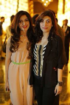 Beautiful Sisters Mawra & Urwa