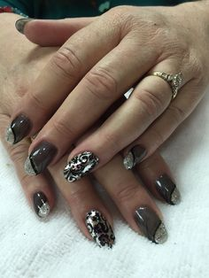 Gray with silver.. Chrome foul filigree nails