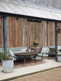 A wonderfully festive stay, the perfect winter getaway – cosy up in a log cabin, curl up in front of a wood burner and escape the world at Soho Farmhouse Soho Farmhouse, Farmhouse Garden, Farmhouse Decor, Barn Renovation, Farmhouse Renovation, Maroon 5, Farrow Ball, Petite Kitchenette, Soho Restaurants