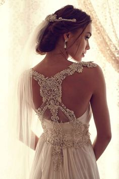 Back Detail Wedding Dresses: Anna Campbell Gossamer Collection