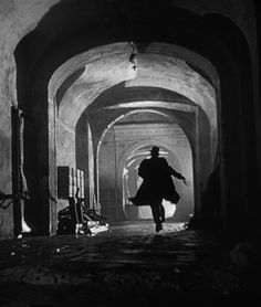 The cinematography of Film Noir is a original movie poster from the Genre. The Third Man cinematographer Robert Krasker brought out the silhouettes by placing lights behind corners of buildings. Film noir is known for many Film Noir Fotografie, Carol Reed, The Third Man, Film School, Great Films, Renoir, Film Stills, Classic Movies, Classic Film Noir