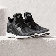 5e901abc90d The Athletic Propulsion Labs Women's Ascend in Black/White is the perfect  solution for all