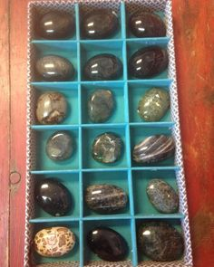 Palm stone storage - the energies…. Mineral friends #the7directions #labradorite #blackmoonstone #blacktourmaline #serpentine #agate #dragonstone #healingcrystals #crystalgrid #healer #metaphysical #mystic #mandala #meditate #zenwisdom
