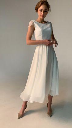 Classy Wedding Dress, Open Back Wedding Dress, Wedding Dress Chiffon, Classy Dress, Classy Casual, Chiffon Skirt, Classy Gowns, Dresses Elegant, Vintage Dresses