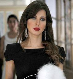 our beauty bag ::: Inspiración de maquillaje: NANCY AJRAM
