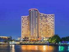 Royal Orchid Sheraton Hotel & Towers Bang Rak Chao Phraya river Bangkok Thailand B. Hotels In Bangkok, Bangkok Thailand, Great View, Willis Tower, Outdoor Pool, Hotel Offers, Trip Advisor, Orchids, The Good Place