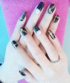 Metallic yarn nail