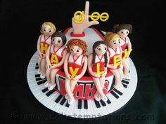 GLEE - by CakeTemptations
