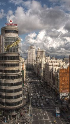 Capitol Building in the Gran Via, Madrid, Spain. Places To Travel, Places To Visit, Foto Madrid, Spain And Portugal, Beautiful Places In The World, Spain Travel, Dream Vacations, Wonders Of The World, Cool Pictures