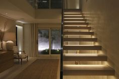 37 ideas house modern entrance staircases for 2019 Staircase Lighting Ideas, Entrance Lighting, Floating Staircase, Modern Staircase, Staircase Design, House Lighting, Entrance Hall, Modern Entrance, House Extension Design