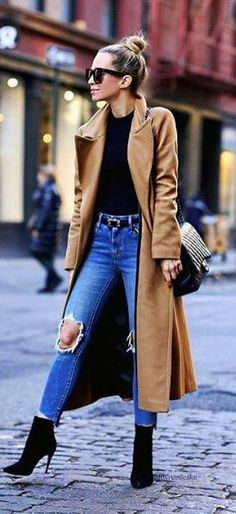 Fall fashion | Belted high waisted jeans with heeled booties and camel coat