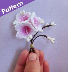 Crochet Bell Flower Pattern. Crochet Campanula Flower Photo Tutorial. Easy Crochet Patterns. Bellflowers Crochet Applique, PDF.