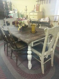 Love This Primitive Rustic Farmhouse Table!
