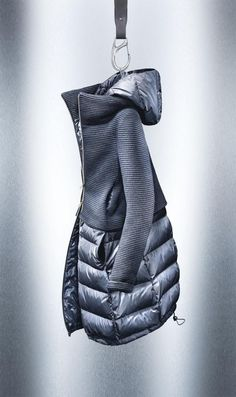Hybrid insulated jacket. Knit upper insulated lower