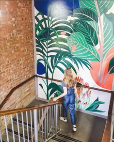 1 of 3 stairway sections I painted last month for a rebranding and refurbishment of offices in Covent Garden. great to work with purely recycled paint ♻ Mural Cafe, Cafe Art, Garden Mural, Garden Wall Art, Mural Wall Art, Graffiti Wall, Covent Garden, Rustic Wall Decor, Wall Design